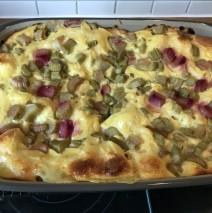 Rhabarberkuchen aus der Ofenhexe