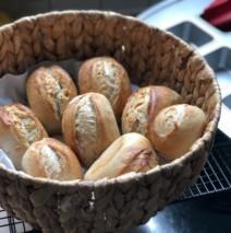 Schnelle Weizenbrötchen